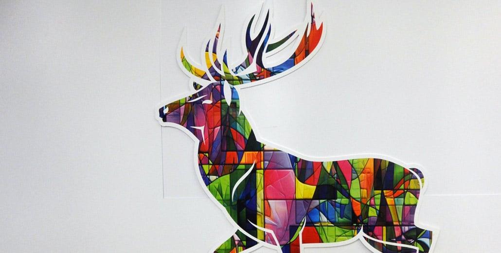 Полистирольный олень с принтом напечатанным ультрафиолетовой печатью