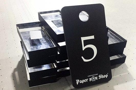Печать табличек номерков на полистироле